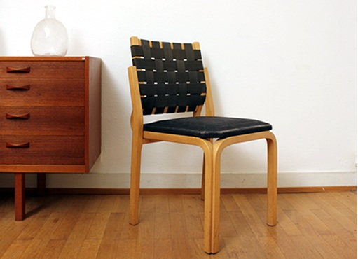 Stuhl von A. Aalto