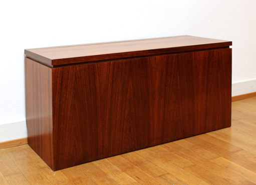 truhe von d waeckerlin designbutik. Black Bedroom Furniture Sets. Home Design Ideas