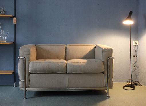 lc2 sofa mit stoffbezug designbutik. Black Bedroom Furniture Sets. Home Design Ideas