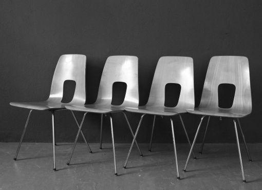 Vier Einpunktstühle von Hans Bellmann