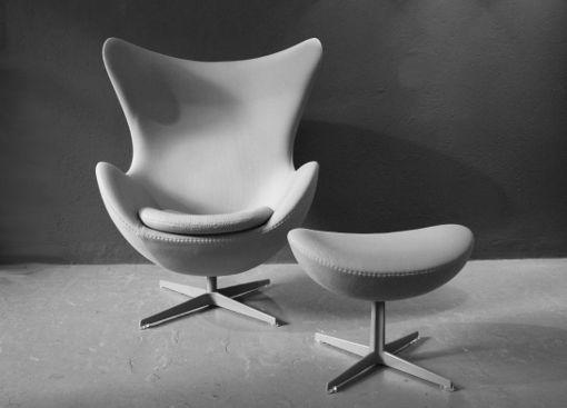 Sessel mit Fusshocker von A. Jacobsen