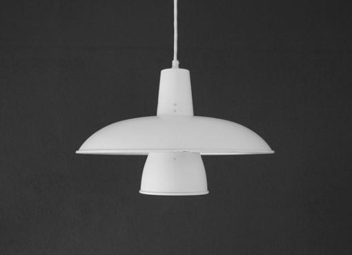 Lampe von Louis Poulsen
