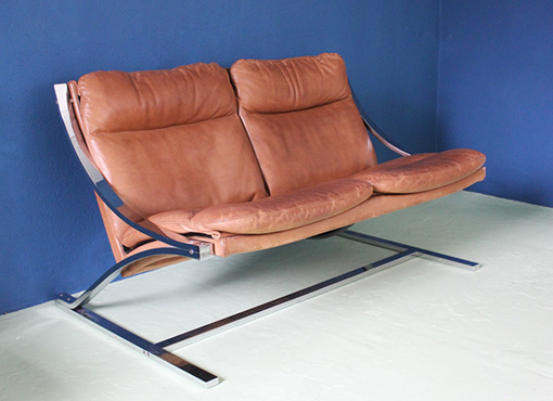 Zeta-Loveseat von Paul Tuttle