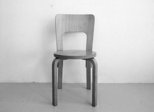 Stuhl 66 von Alvar Aalto