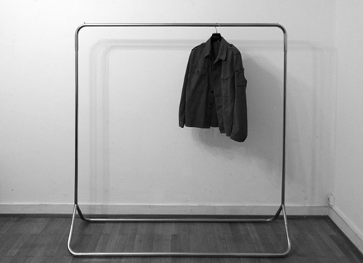 Stahlrohr-Kleiderständer