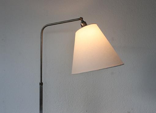 Stehlampe aus den 1930er Jahren