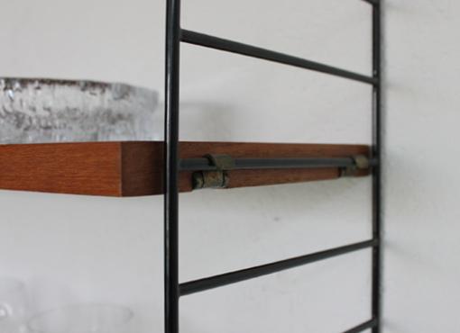 string regal in teak designbutik. Black Bedroom Furniture Sets. Home Design Ideas