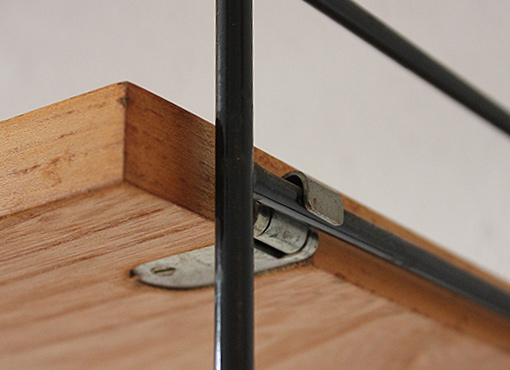 wandregal von string designbutik. Black Bedroom Furniture Sets. Home Design Ideas