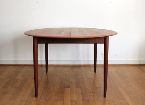 Ausziehbarer Esstisch von Arne Hovmand-Olsen
