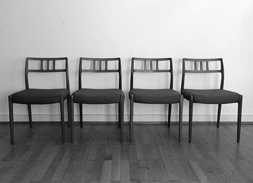 Vier Esszimmerstühle Modell 79 von Niels Møller