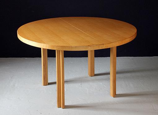 Auszugstisch von Alvar Aalto