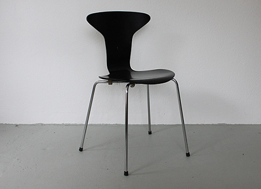 Moskito Stuhl von Arne Jacobsen