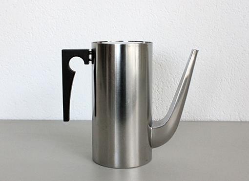 Cylinda-Kaffeekanne von Arne Jacobsen