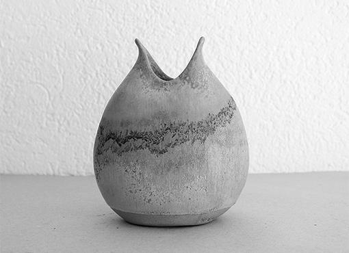 Kamini Vase