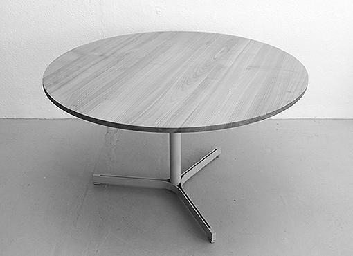 Runder Esstisch von Anton Bee