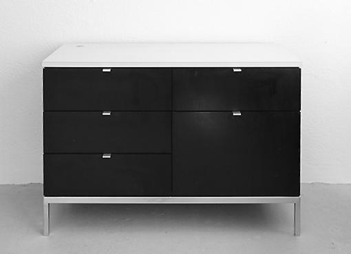 Schubladenmöbel von Florence Knoll